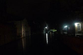 Брюгге ночью.