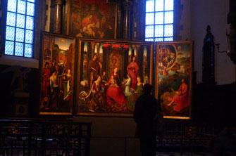 Мы в музее Мемлинга в Брюгге.